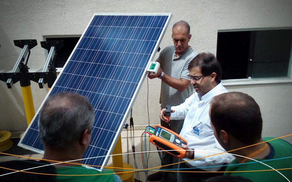 Curso de energia solar fotovoltaica da Amperi - Soluções Industriais